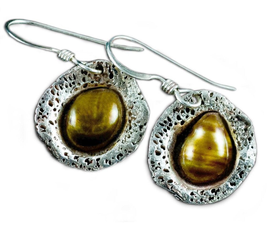 Dangling Pearl Earrings on Dangle Silver Pearl Earrings   Gold And Silver Earrings   Gold Pearl