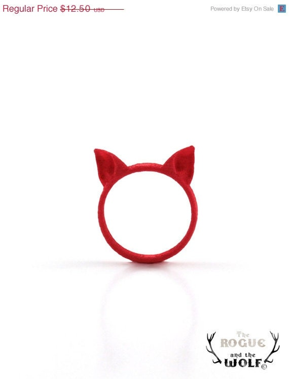 FESTIVE SALE -- Red Cat ring, Cat Ears Ring, animal ring, fashion cool ring, kawaii, for the feline girlfriend, for the cat woman - TheRogueAndTheWolf