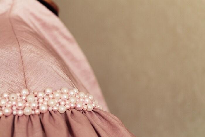 Luxury Pale Pink Pearls Taffeta Bolero Jacket - Hand Emroidered Wedding Bridal Pink Gray Bolero - Custom Order - Ollegoria