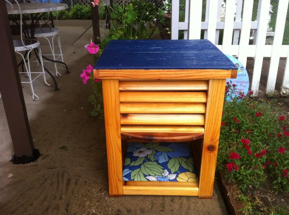 dog proof cat feeder bed indoor outdoor by stabob on etsy. Black Bedroom Furniture Sets. Home Design Ideas