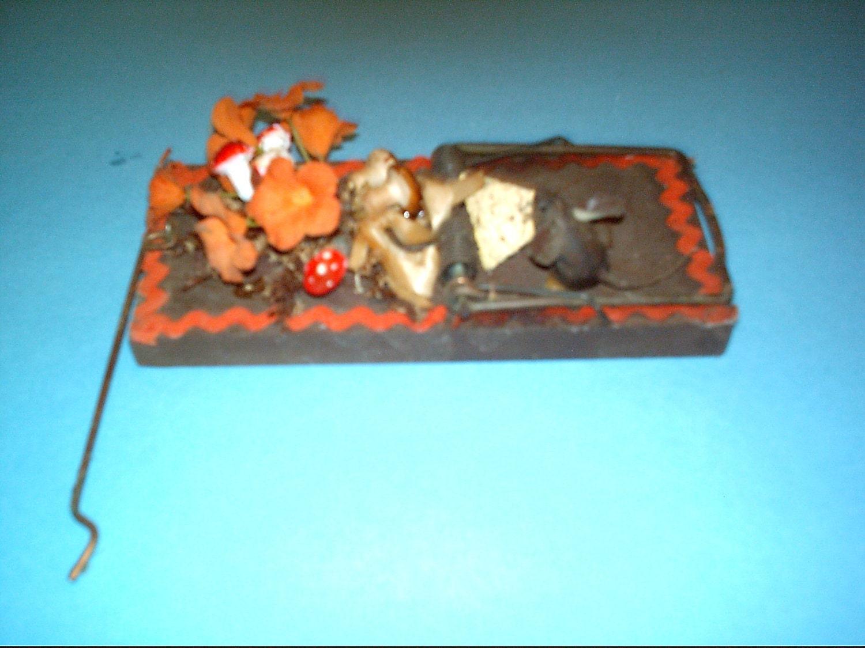 Vintage rat trap vintage decoration ornamental by cackletownhen - Trap decor ...