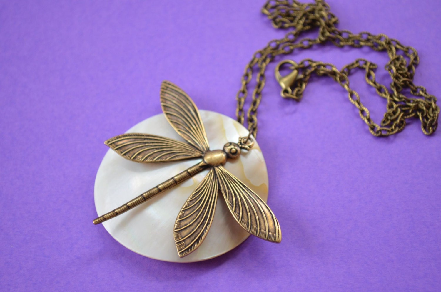 Dragonfly on Natural Mother of Pearl Shell Disc Necklace White Antique Bronze (AB45)