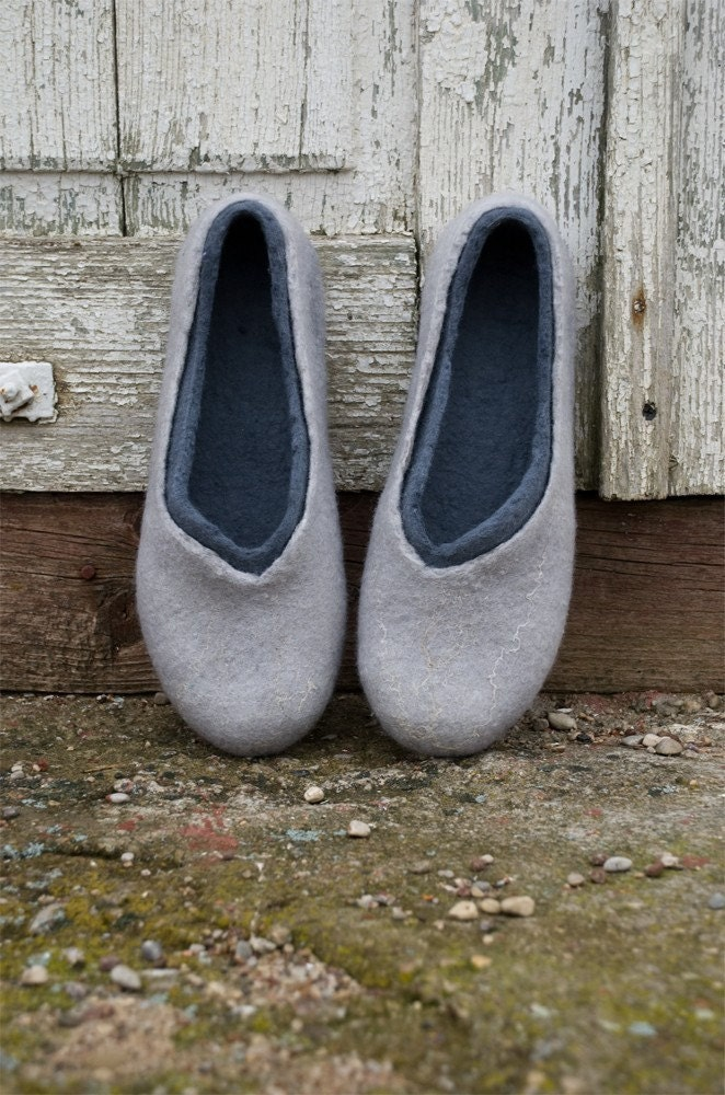 Gifts for Him, Felted slippers made of softest merino wool 2in1 GREY AND GREY - BureBureSlippers