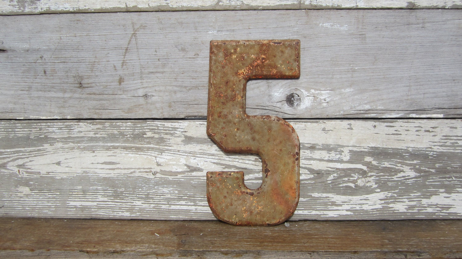 Large 10 inch Vintage Metal Chippy Number 5 Rust Rusted Sign Painted Antique Marquee Rusted Metal - TheOldTimeJunkShop