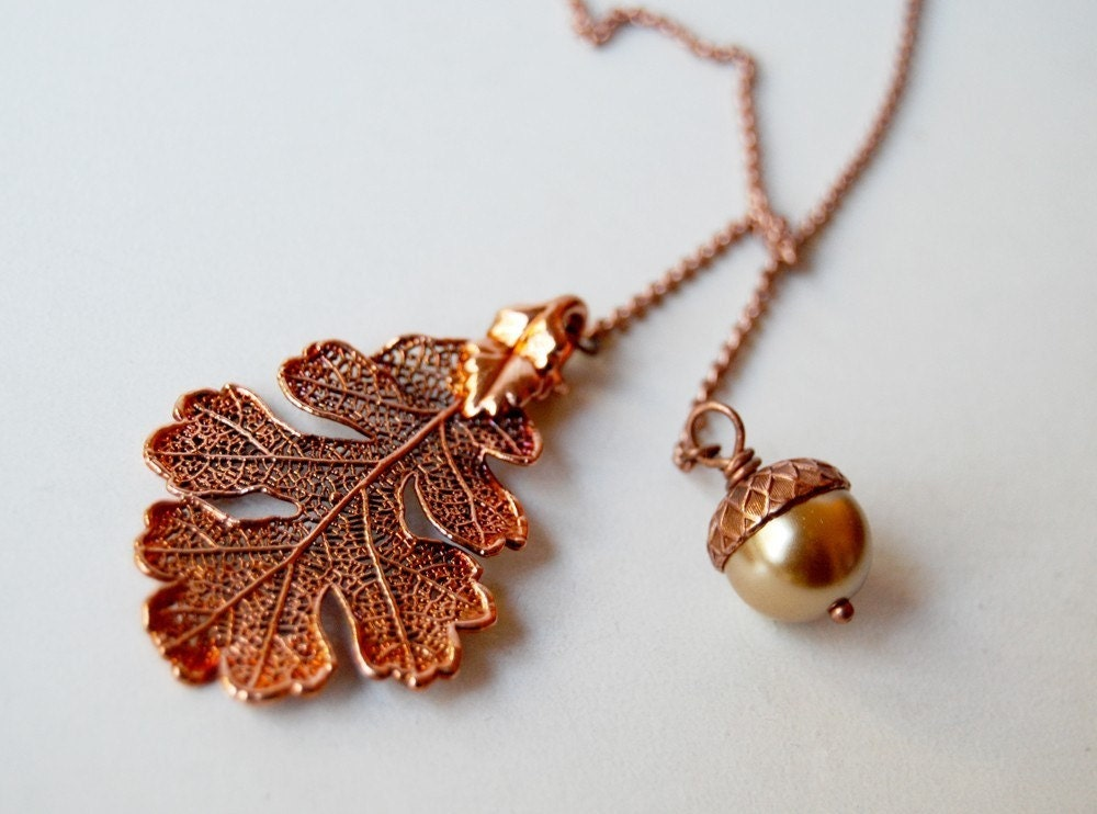 Autumn Oak Leaf and Acorn Lariat