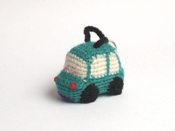 Amigurumi Keychain Loop : Items similar to Green crochet car - amigurumi keychain on ...