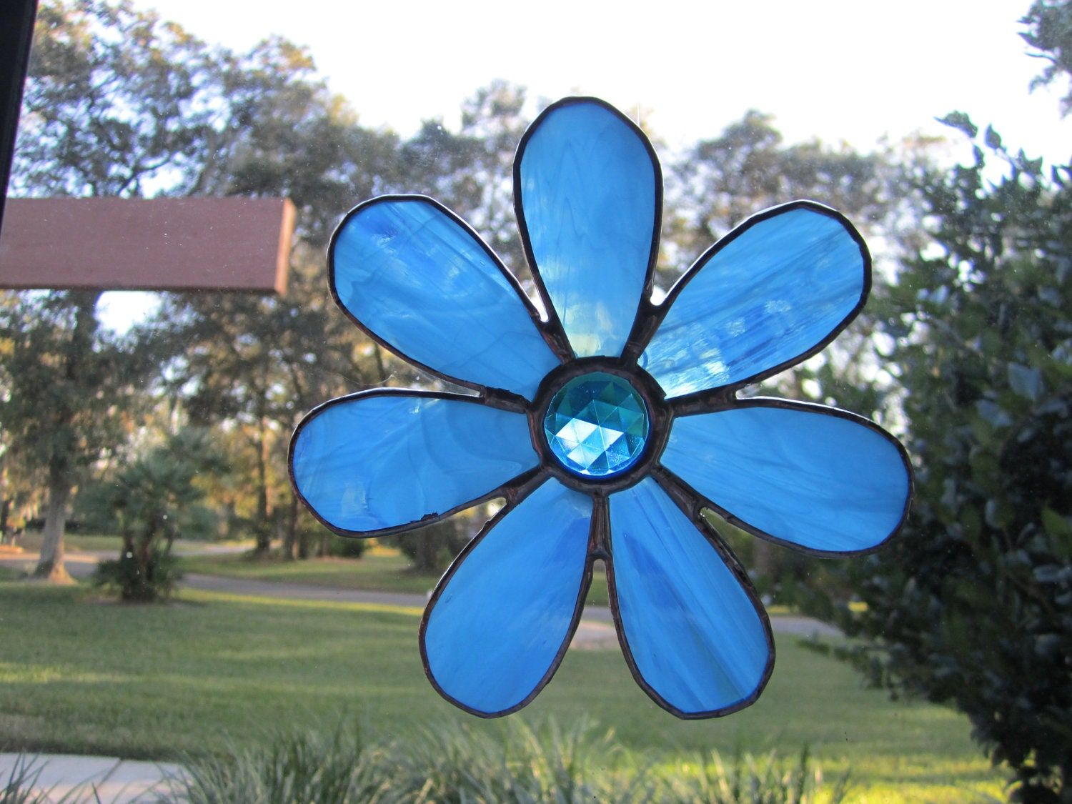 Flower Suncatcher - WindwoodGlass