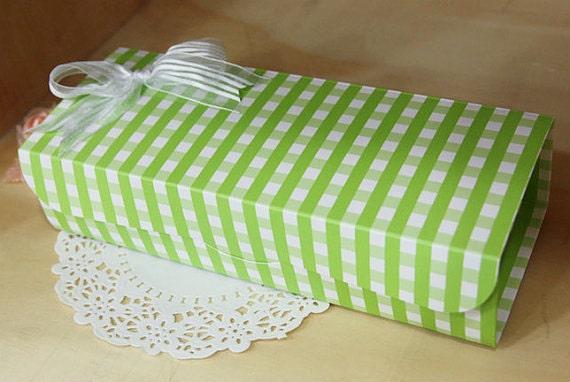 Green Check Gift Box (L)