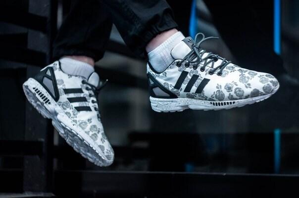 migliore tradizione adidas zx flusso da kleder da klederstore in bianco nero