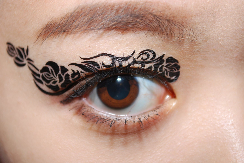 Temporary eyeliner tattoo the image kid for Eye temporary tattoo makeup