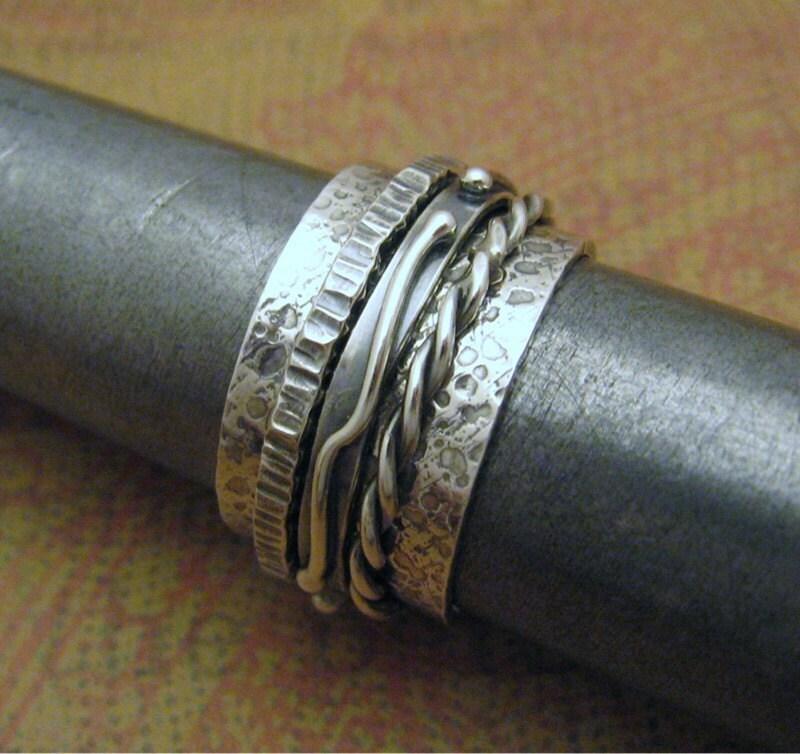 items similar to men 39 s kinetic spinner ring on etsy. Black Bedroom Furniture Sets. Home Design Ideas