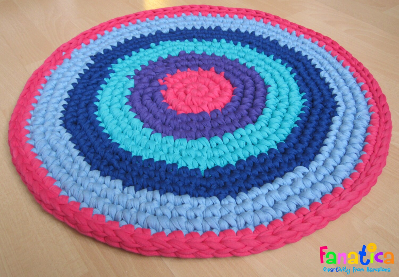 Alfombra redonda ganchillo xl trapillo por fanaticabarcelona - Como hacer alfombras de trapillo redondas ...