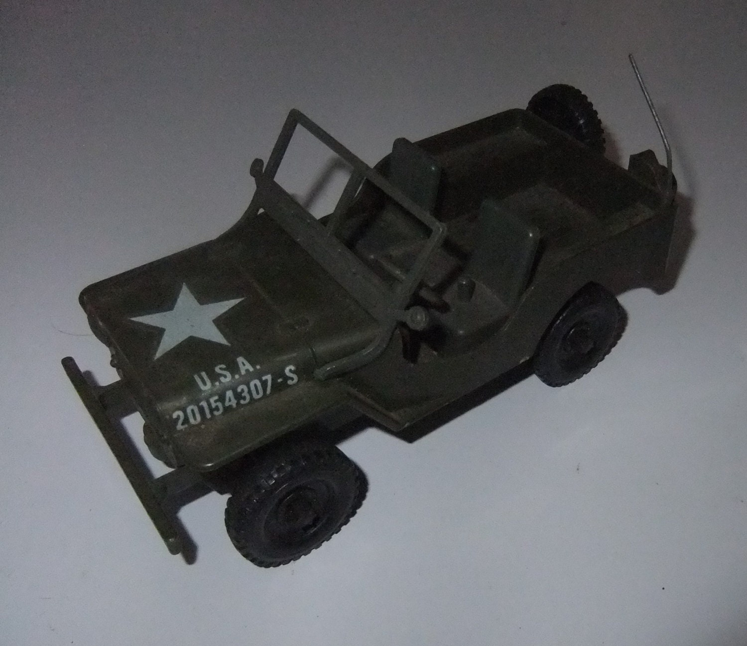 WWII World War 2 Willys US Military Jeep plastic friction vintage c1970s toy made in Hong Kong 20154307S