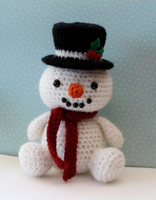 Amigurumi Crochet Pattern Snowman by littlemuggles on Etsy