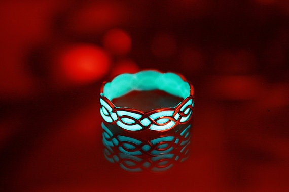 Celtic ring glow in the dark sterling silver by papillon9 for Glow in the dark wedding rings