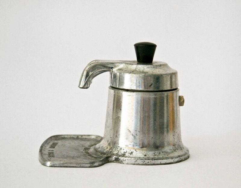 Italian Coffee Maker Old : Retro Italian coffee maker omg aluminum vintage by ilivevintage