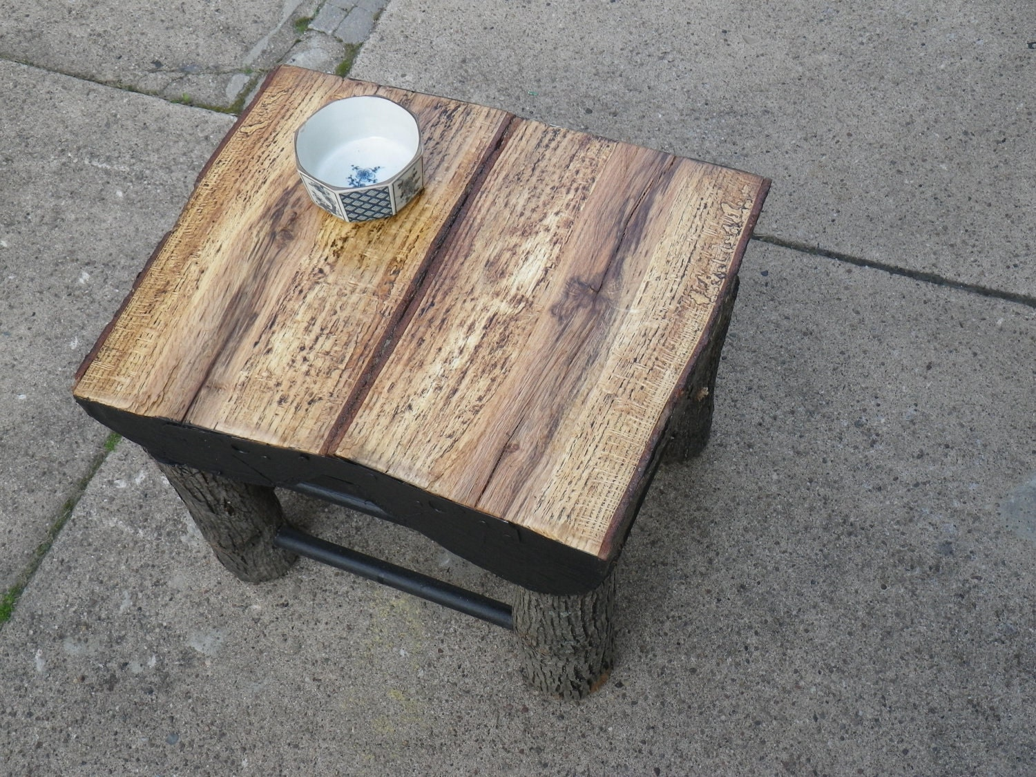 Items similar to split log coffee table on etsy for Log coffee table