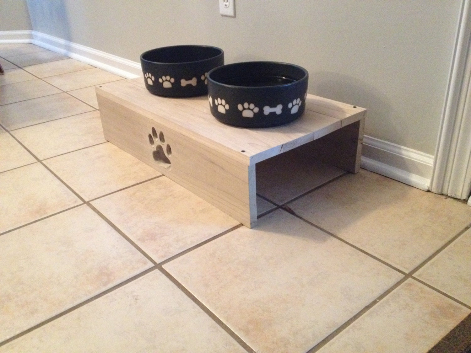 items similar to wooden dog bowl stand on etsy. Black Bedroom Furniture Sets. Home Design Ideas