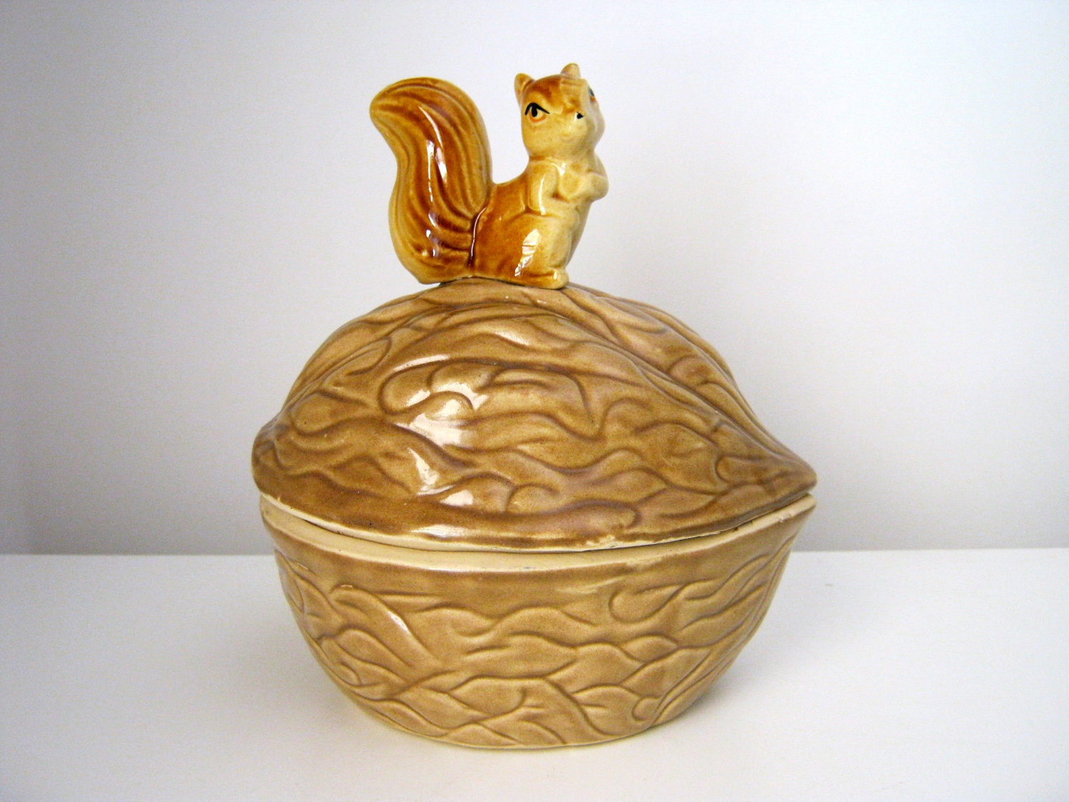 Vintage Ceramic Squirrel and Nut Jar - KitschVillage