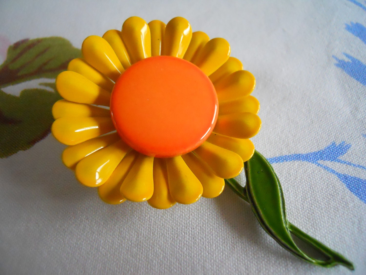 Mod Enamel Flower Brooch.  Orange and Yellow.  1980's - mamiezvintage