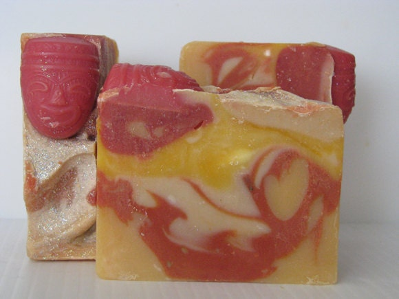 Mango & Pineapple Soap - Handmade Soap - Shea Butter Soap - Tiki Punch Hawaiian Soaps - Dry Skin Soap