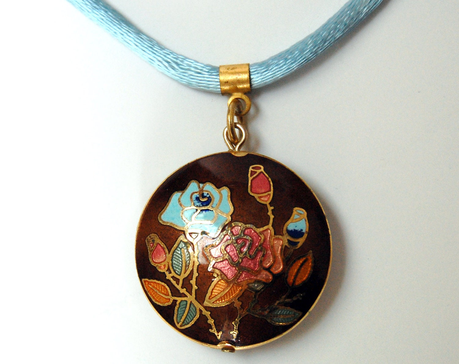 Vintage Cloisonne Necklace - Round with Roses - EDCCollective