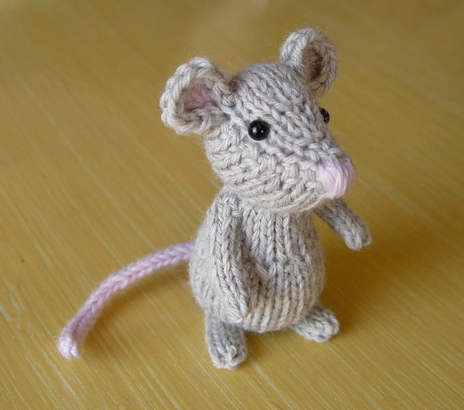 Knitting Pattern Toy Mice : Little knitted mouse in gray wool by Yarnigans on Etsy