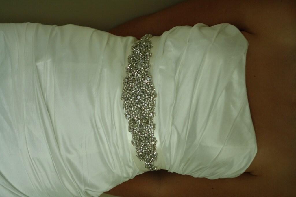 Please help me find a belt! :) {Pronovias Pergola}