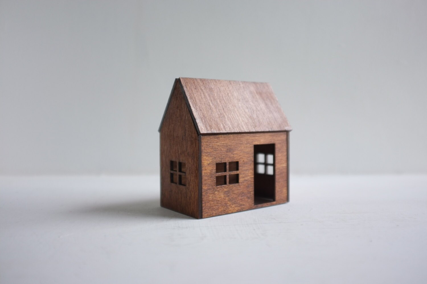 Small birch house - little wooden cabin in golden mahogany finish - honey color miniature architecture - 2of2