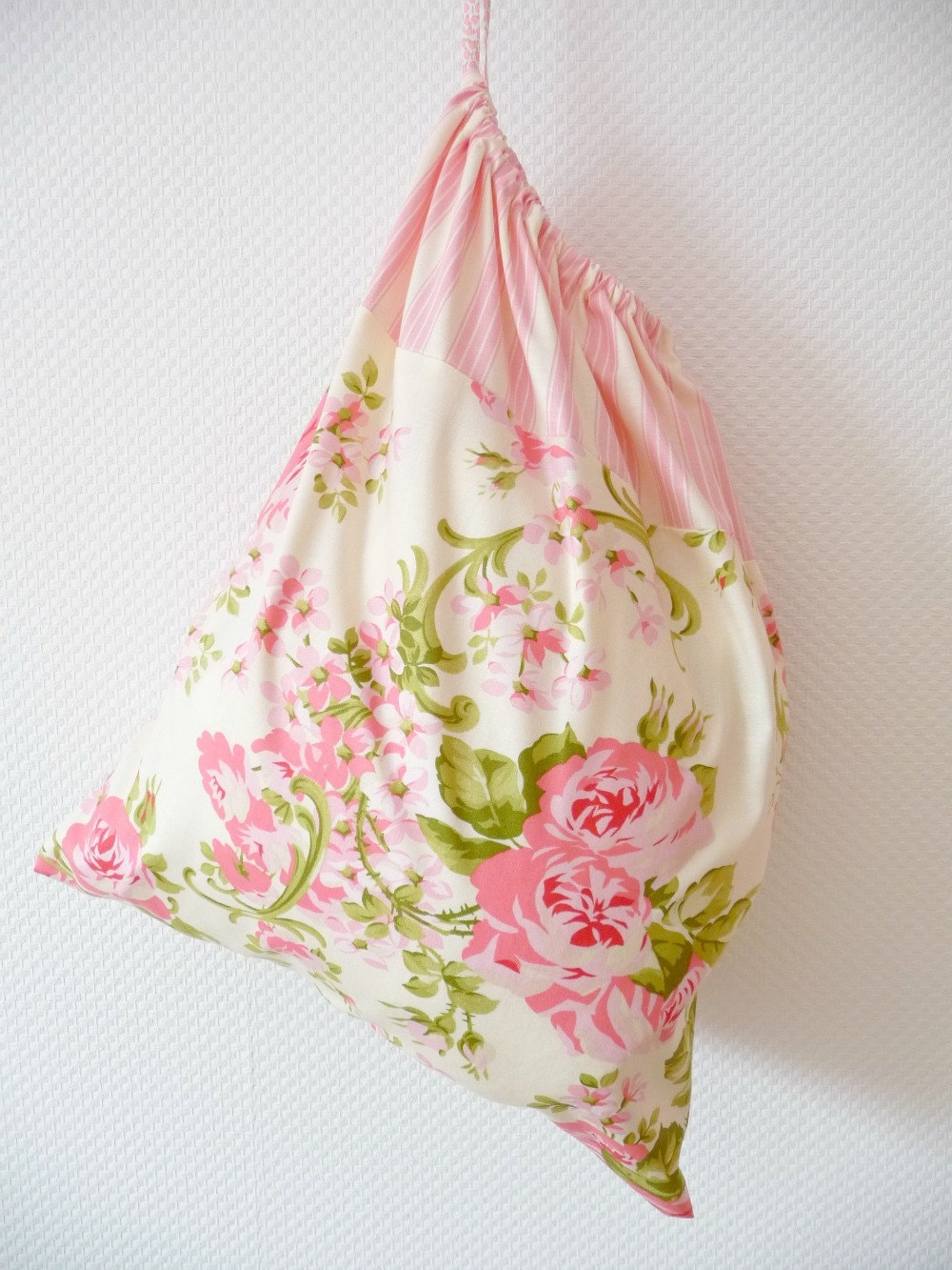 Shabby Chic Laundry Bag. Lingerie Bag. Pink Cabbage Roses Ticking Stripe. Cath Kidstonesque. europeanstreetteam. Drawstring Bag. - PeriDotbyDuni