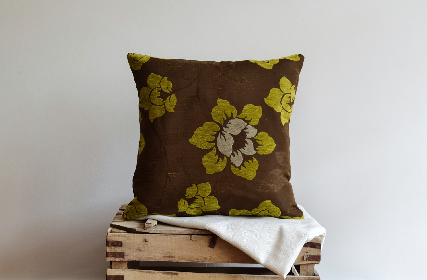Modern Large Flowers Pillow Cover 20x20 Decorative by pillowme