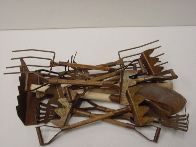 Rusty Tin Garden Tools Lot Of 14 Assorted Rusty By Sophiescottage