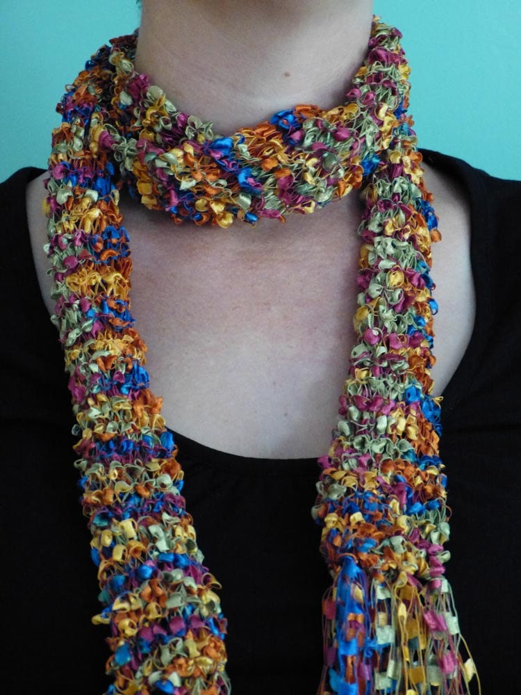 Popcorn + Deco-Ribbon Scarf - free knit scarf pattern from
