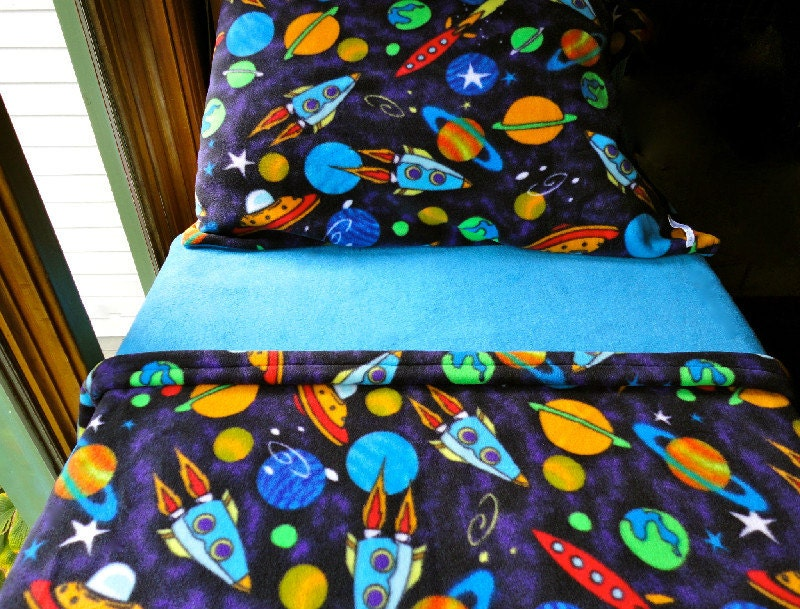 Boys Toddler Fleece Bedding Set  'Space Rockets' for Boys. Fits Crib & Toddler Beds.