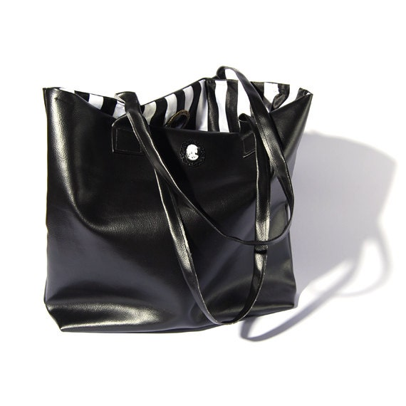 Popular items for leather tote bag black on Etsy