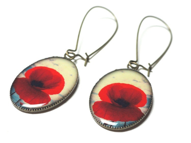Beautiful Red Poppy Flowers Antique Brass Dangle Resin Earrings Poppies