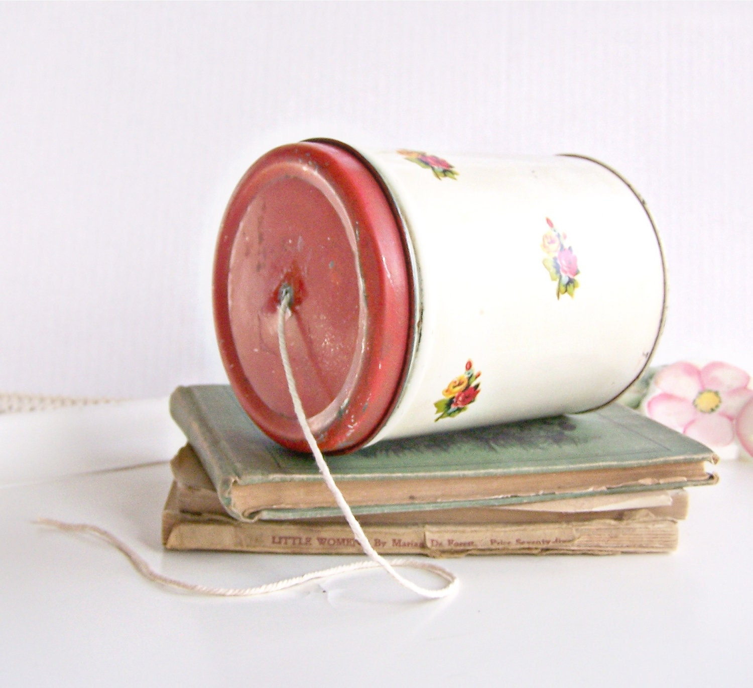 Vintage Farmhouse Chic Tin String Dispenser By AloofNewfWhimsy
