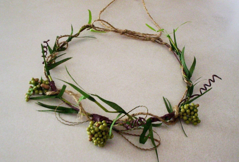 Wedding hair accessories Green Bridal Headwreath Rustic Woodland Bride Rennaisance Festivals summer Fall autumn flower crown - AmoreBride