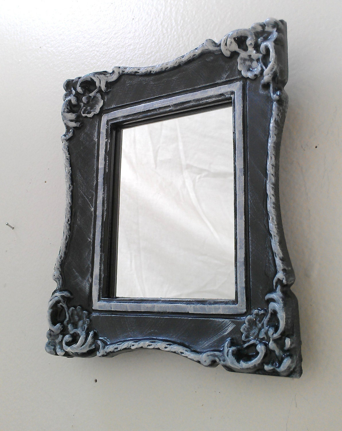 Baroque wall mirror in vintage frame black by for Plastic baroque mirror