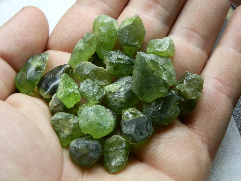 Peridot natural rough crystal Lot. 370 cts. Great lapidary stock. - DanPickedMinerals