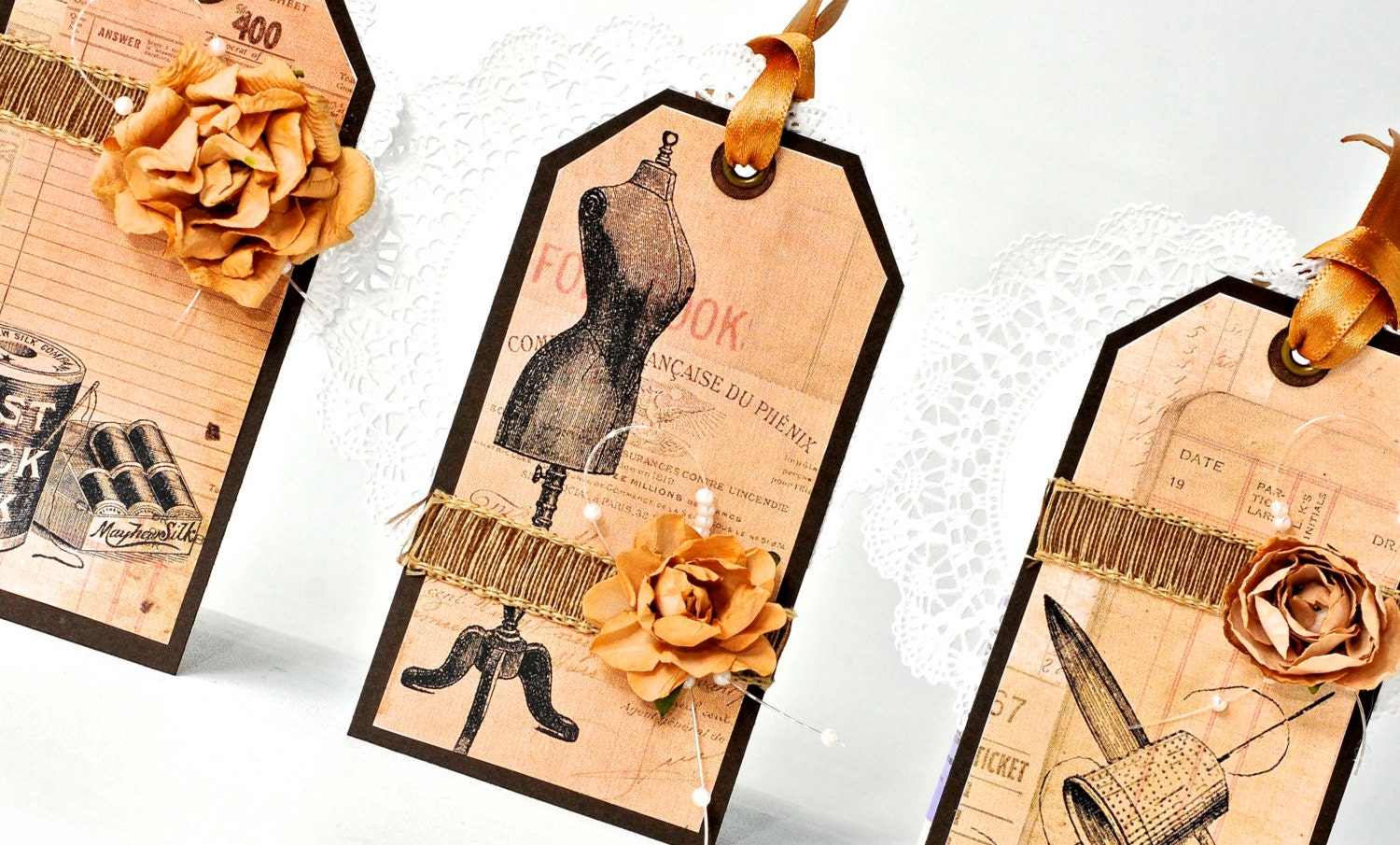 3 Gift tags vintage style . seamstress fashion tags . dressmaker mannequin. cotton thread. scissors - TodoPapel