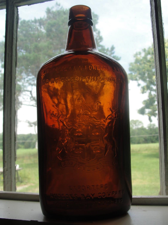 Vintage Hudson's Bay Company Whiskey Bottle - BarnshopAntiques