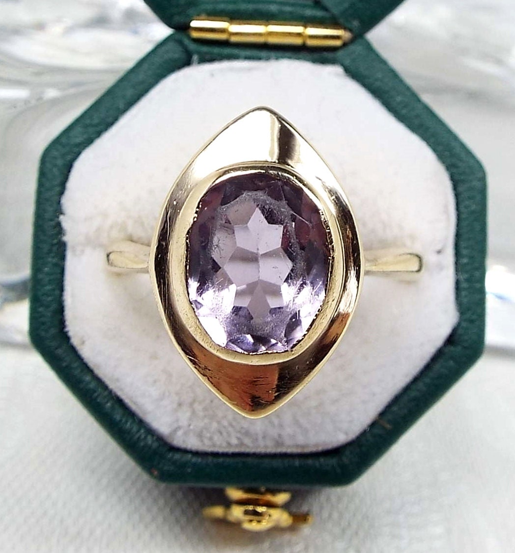 Vintage  9ct Yellow Gold Art Deco Style Marquise Purple Amethyst Ring  Size N