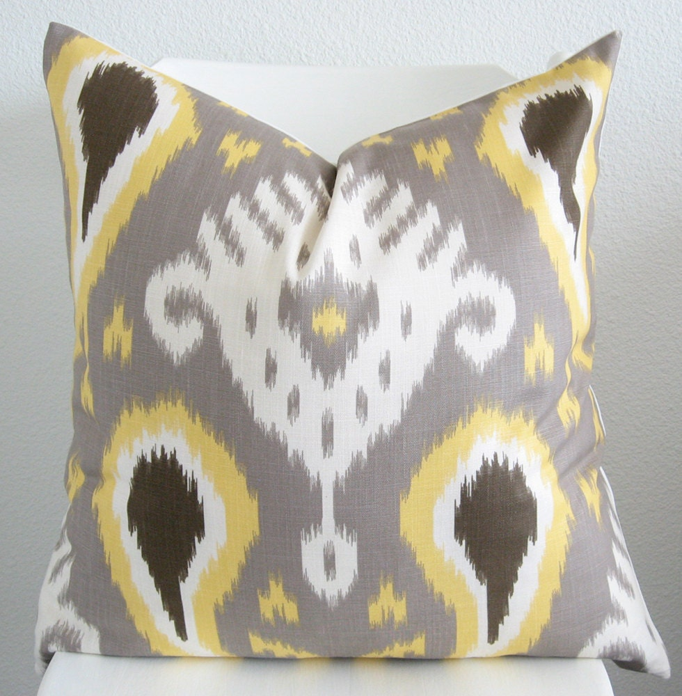 Yellow Brown Throw Pillows : CraftLaunch Site Inactive