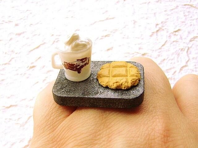 Hot Chocolate  Cookie  Vintage Car Ring