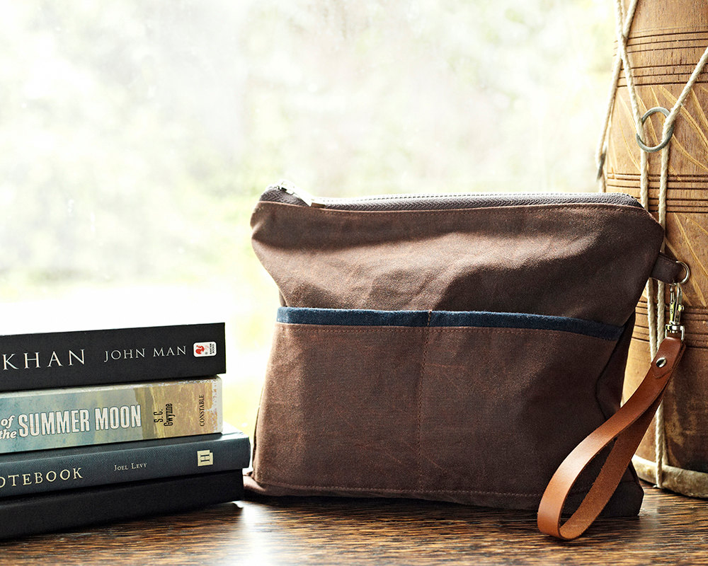 Mens Gift Fathers Day Gift Waxed Canvas Travel Bag Wristletr Bag Womens Clutch Toiley Pouch Brown Wallet Birthday Gift Rustic Bag