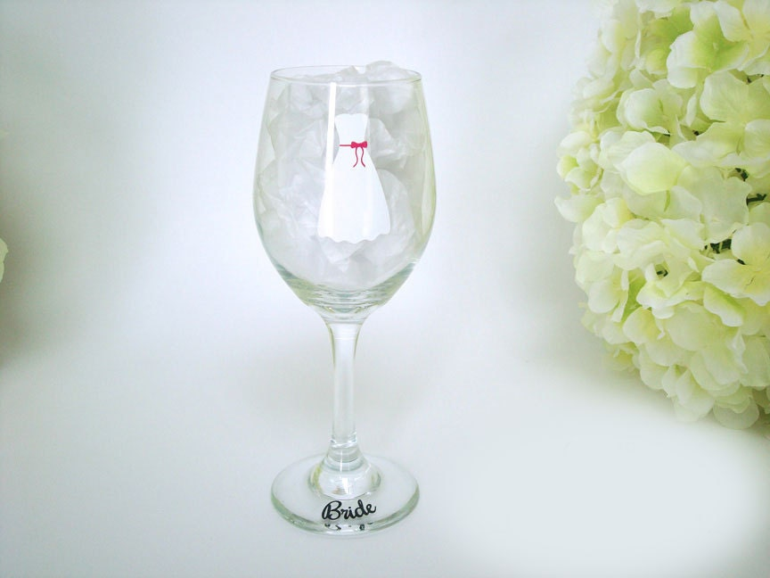 Personalized Wine Glasses For Wedding Gift : Personalized Bride Wine Glass - Wedding Wine Glasses - Dress Wine ...