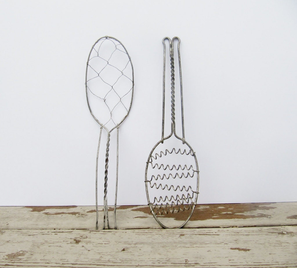 Pair of Wire Whisks - Modred12