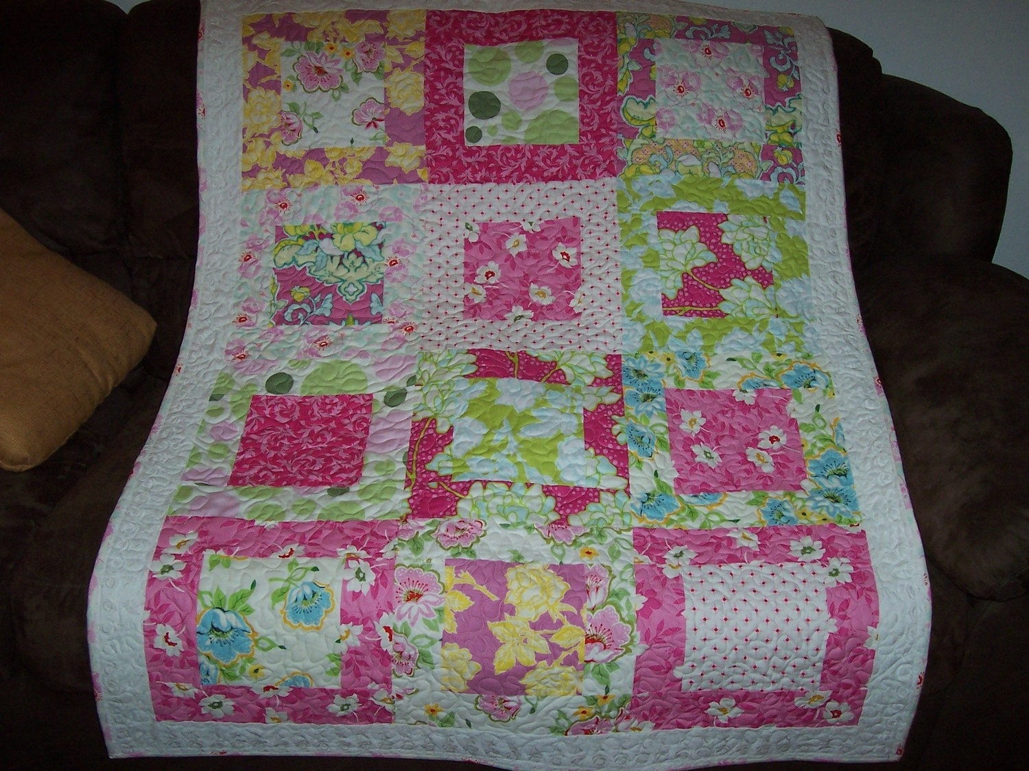 Large Square Block Quilt Patterns : Large Square Framed Block Quilt Pattern Tutorial w by beffie48
