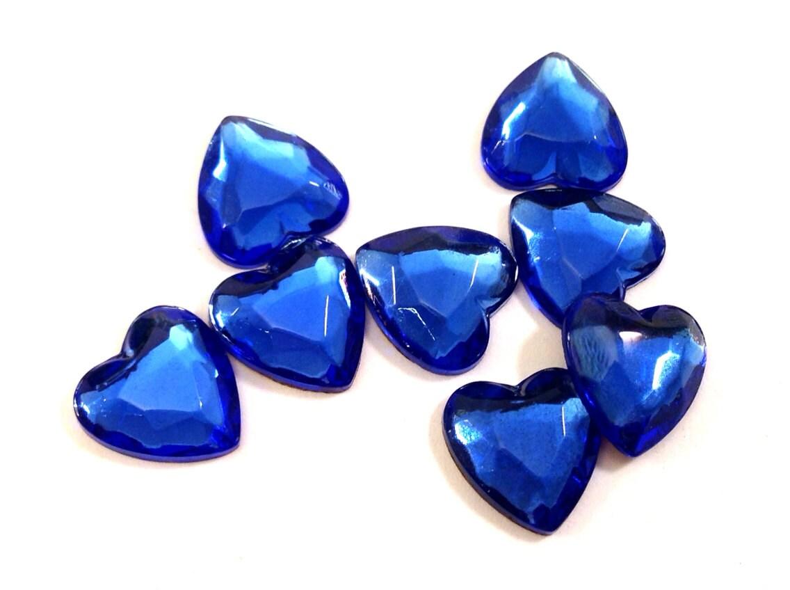 8 Vintage 9x8mm Sapphire Faceted Czech Glass Heart Cabochons - myAtlantis